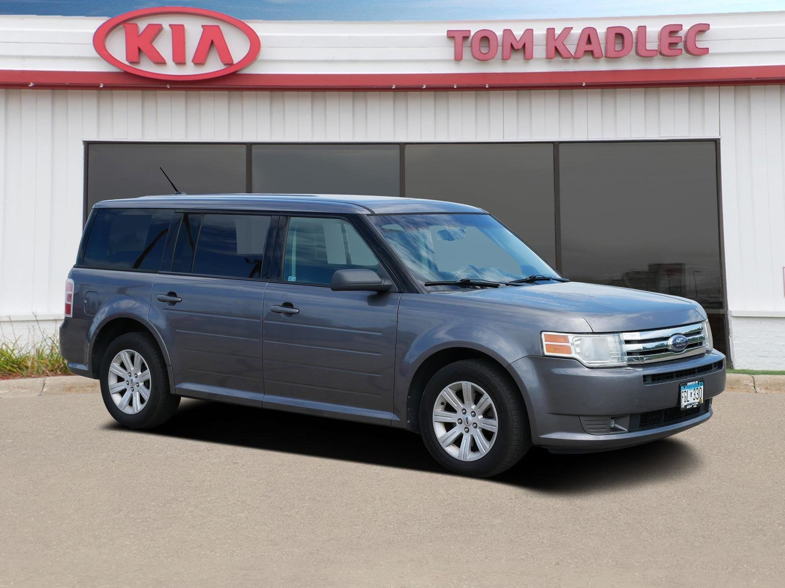 Used 2010 Ford Flex SE with VIN 2FMGK5BC9ABA71366 for sale in Rochester, Minnesota
