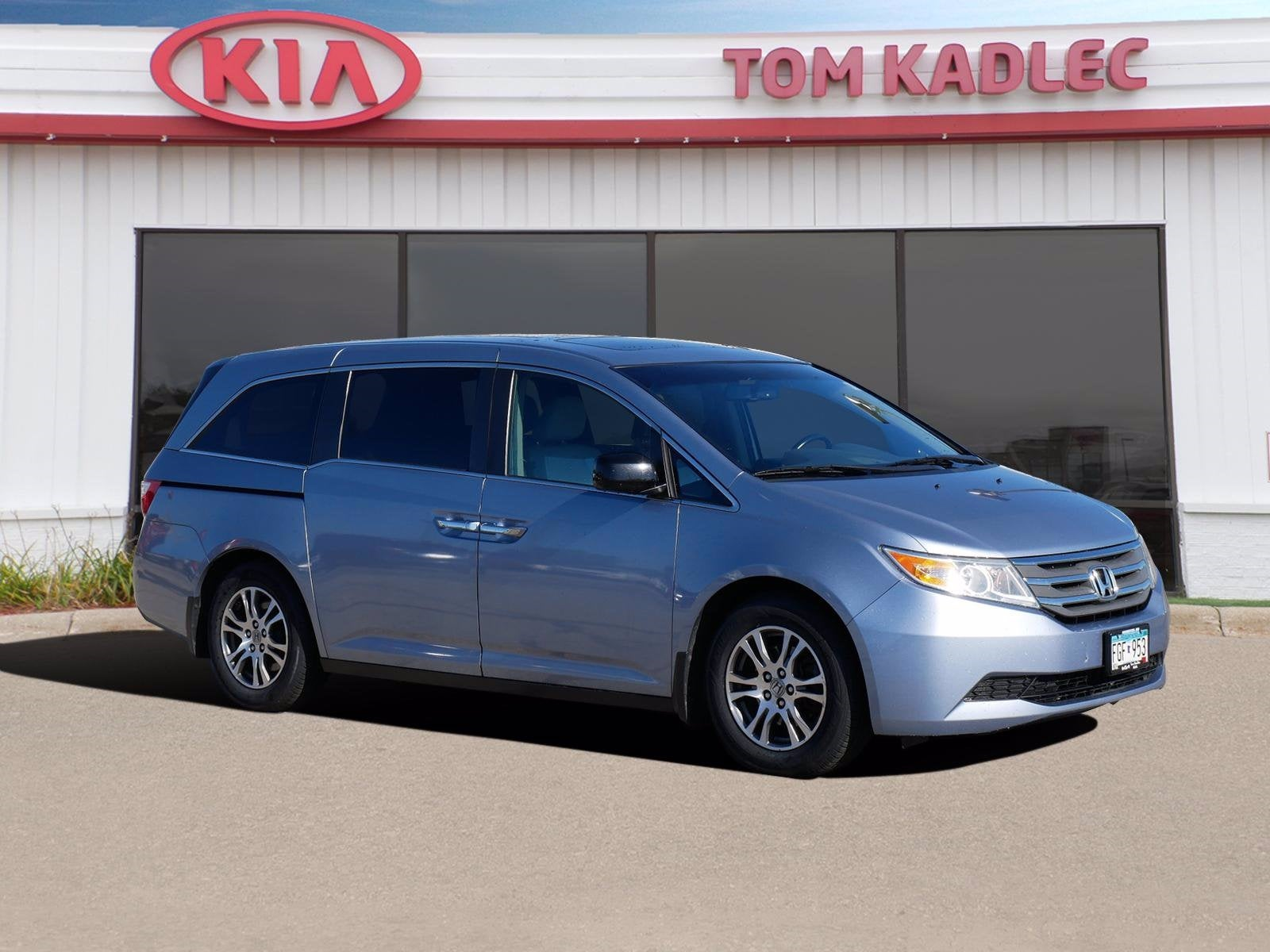 Used 2013 Honda Odyssey EX-L with VIN 5FNRL5H63DB018357 for sale in Rochester, Minnesota